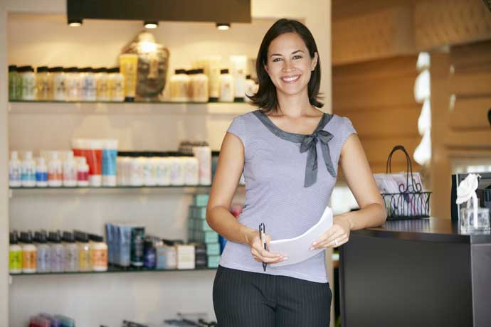 How to become a Retail Store manager